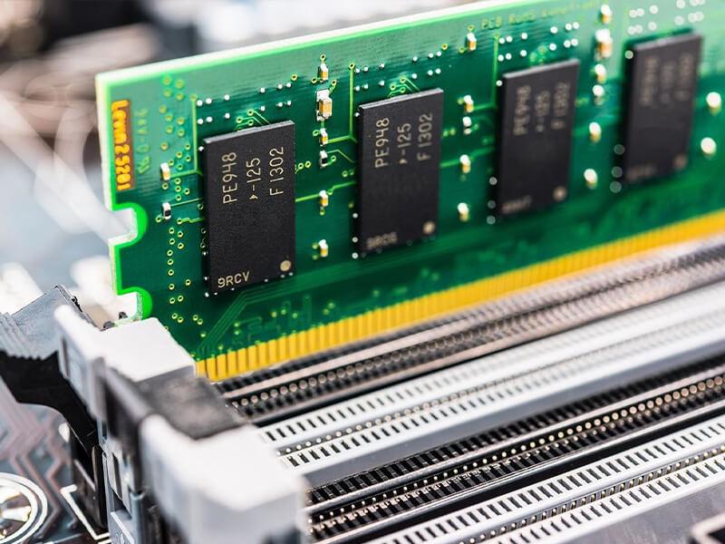 آشنایی با رم،حافظه الکترونیکی کامپیوتر